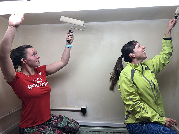 Oh, what a feeling, when we're painting on the ceiling!