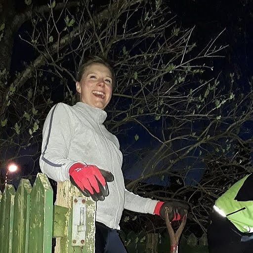 GoodGym  x Earth Hour - A Rolling Stone Gathers No ... Compost?