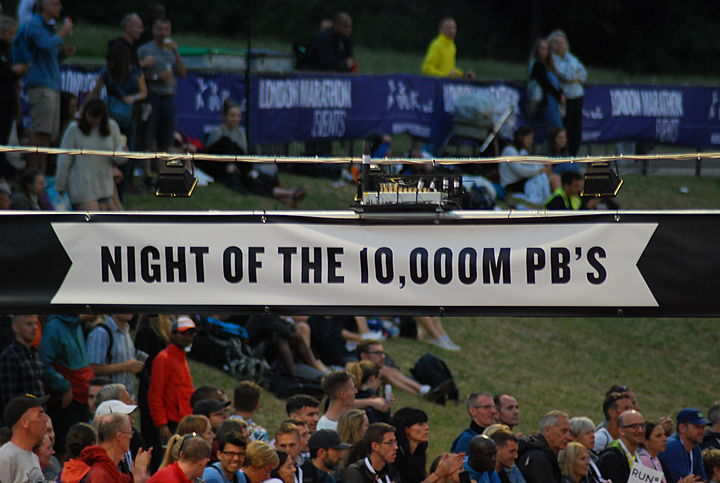 Night of the 10000m PB's