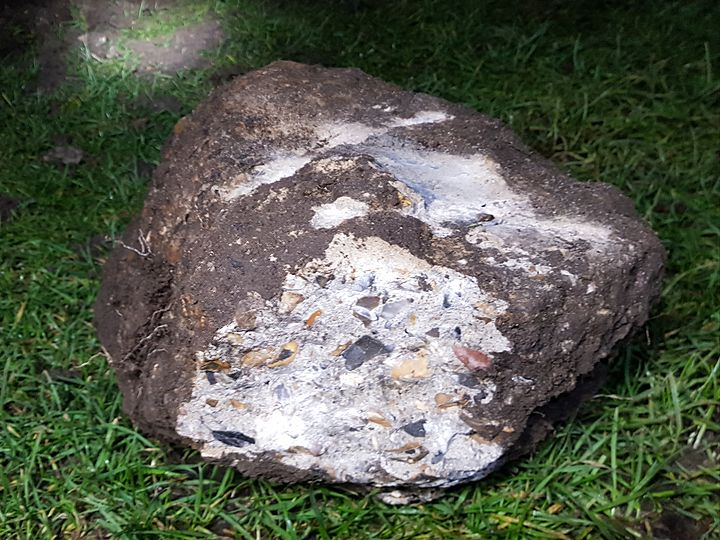 Stone Me did the Earth Move!