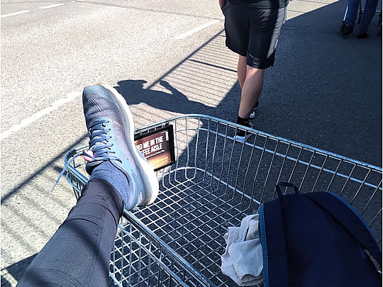 Shopping trolley-lates