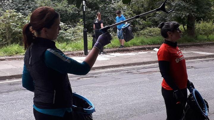 Whipping up South Street - a litter litter laughs