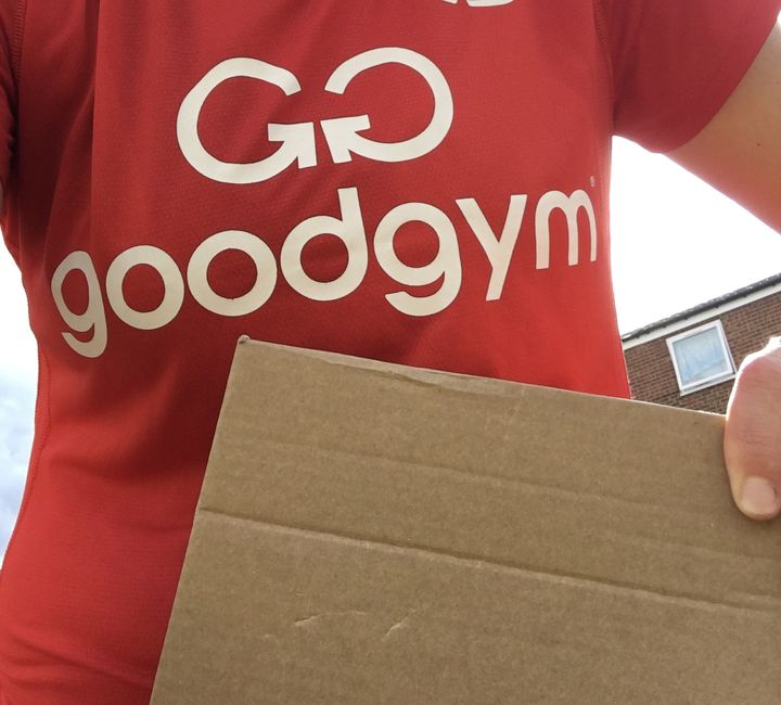Pass the parcel 📦 super soaker💦