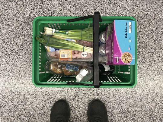 Deliver groceries for Mr V
