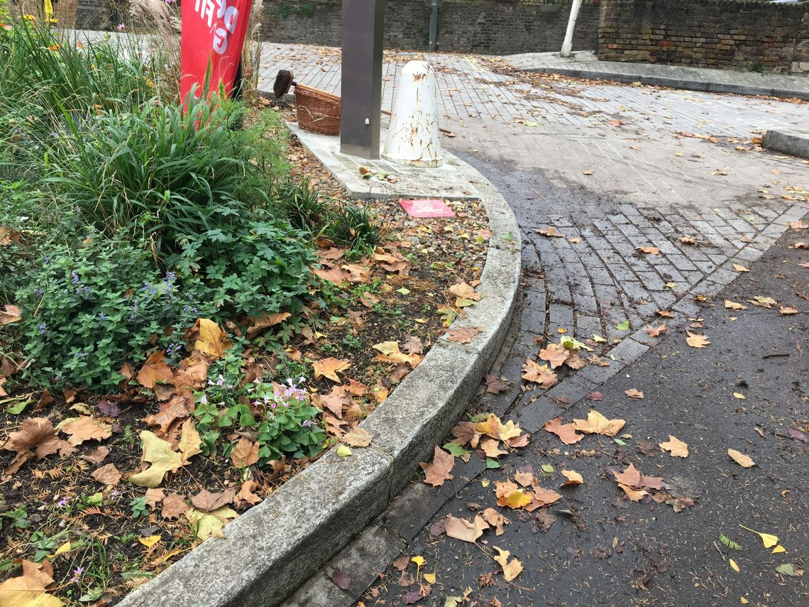 GoodGym Richmond - Three Pigeons Post: Keep the Red Flag